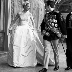 Grace-Kelly-wedding-dress-01